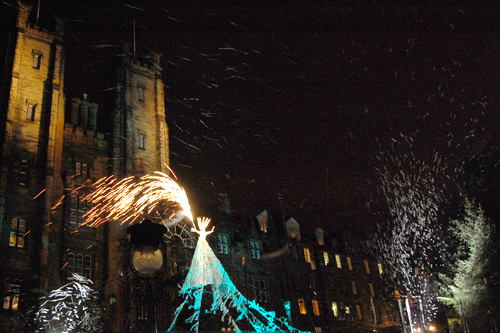 Snow Queen lights Edinburgh's Norwegian Christmas tree